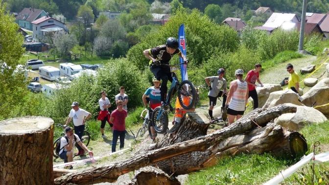 http://new.biketrial-olomouc.cz/wp-content/uploads/2017/05/rudina1.jpg